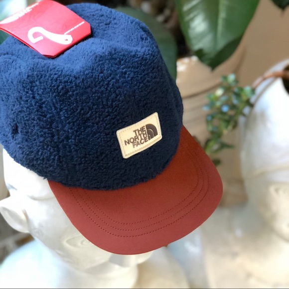 761898d5731a9 🆕The North Face. Sherpa Crusher Hat.